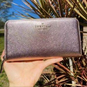 Kate Spade ♠️ Large Zip-Around Wallet